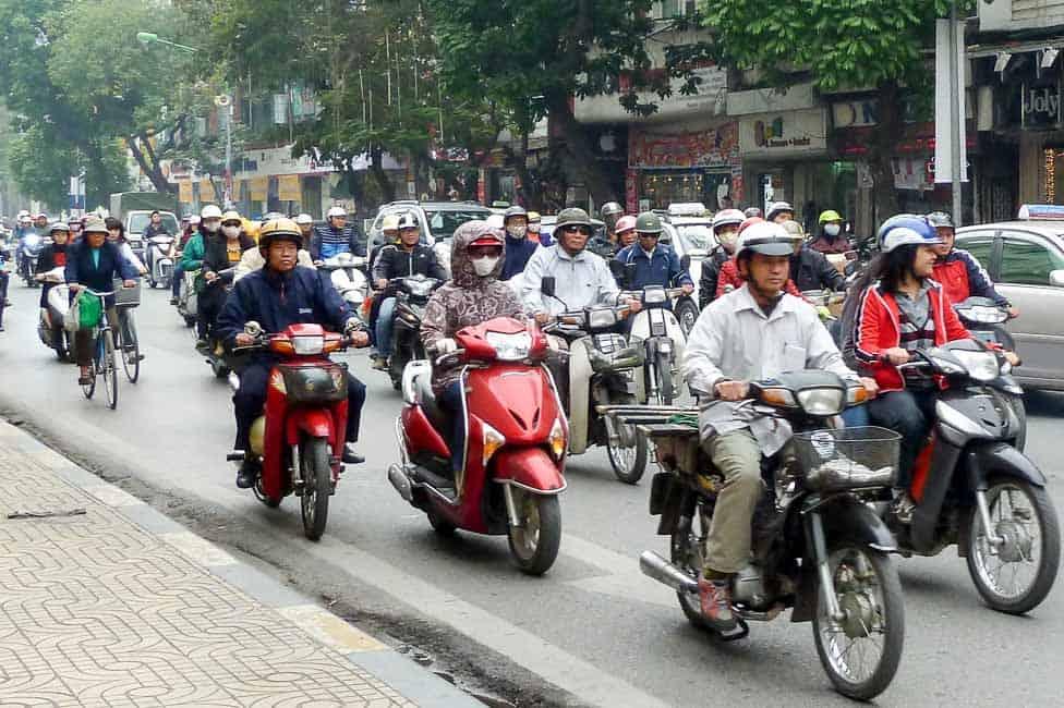 Vietnam itinerary - scooters in Hanoi