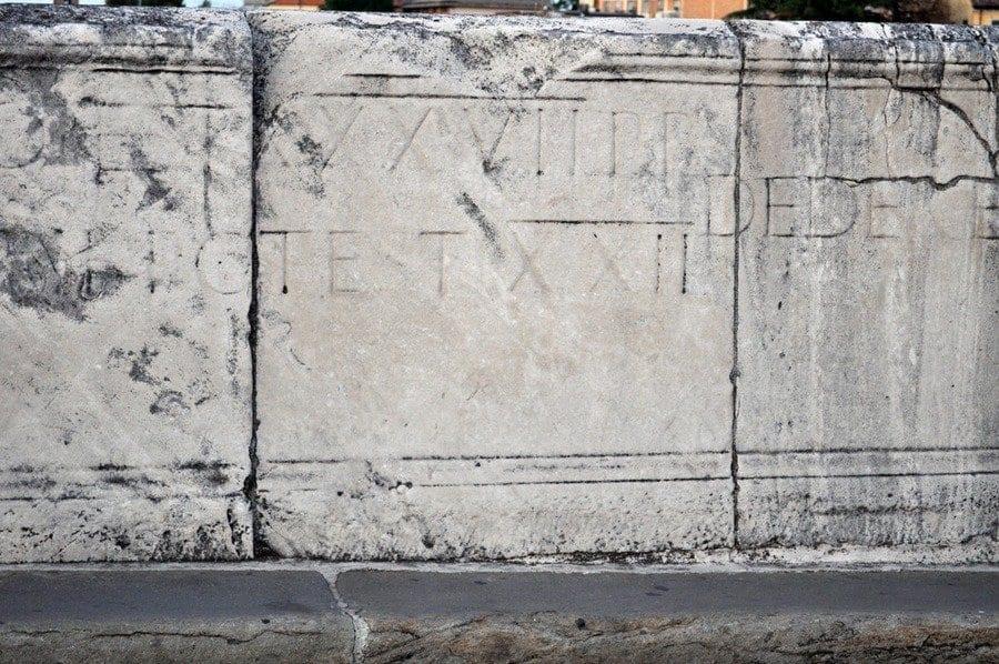 Inscriptions on Ponti di Tiberio