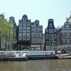 Canal-Houses,-Amsterdam