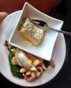 Shrimps with egg and Ravioli
