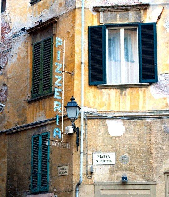 Piazza St Felice, Pisa