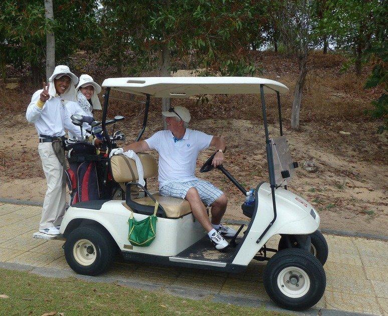 Golf-Buggy-Caddies