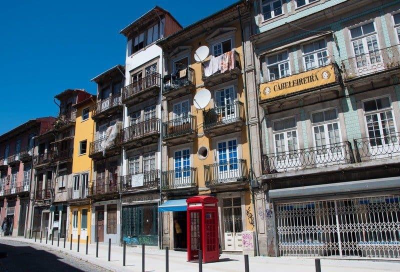 Porto telephone box