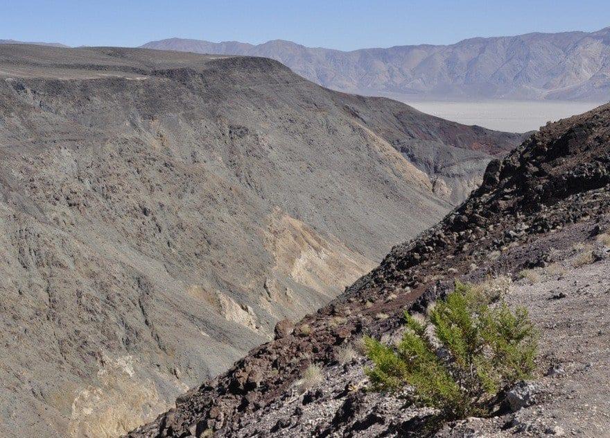 death-valley-volcanic-rocks