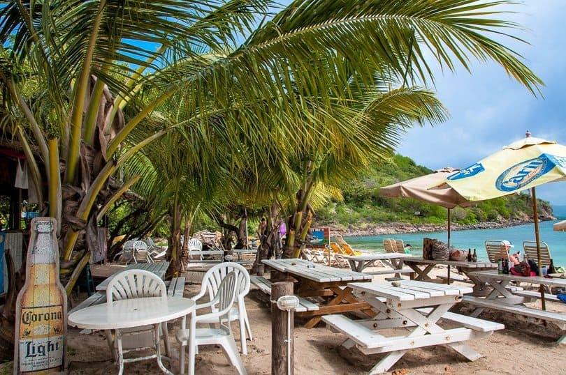 Reggae-Beach-Bar