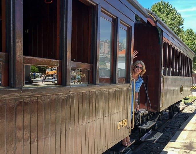steam-train-the-travelbunny