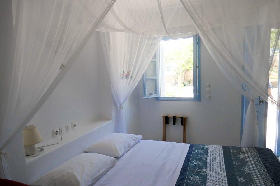 Gorgona Hotel, Mylopotas Beach, Ios
