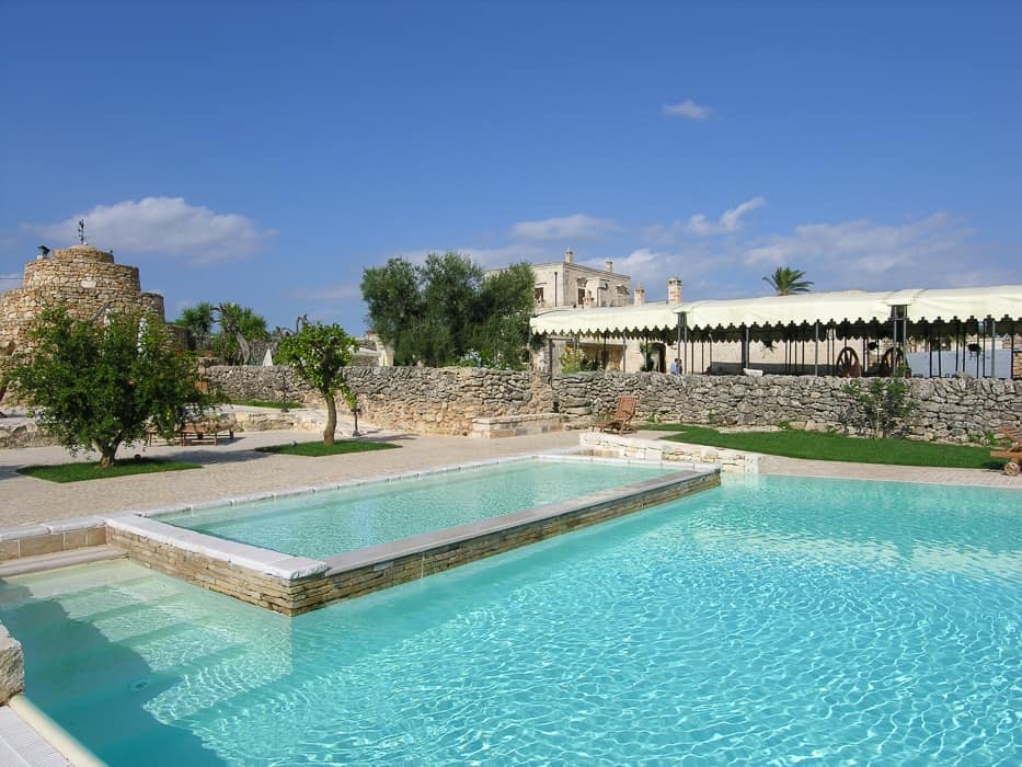 swimming pool in Puglia