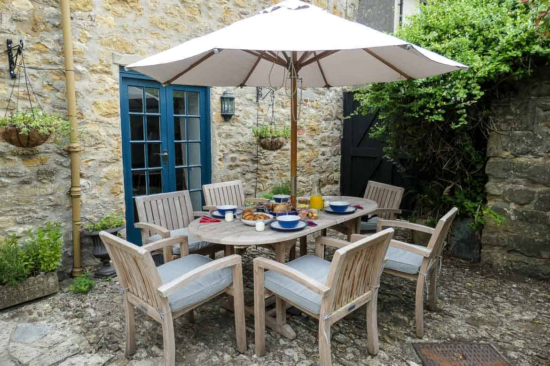 Hamper breakfast at Eastbury Cottage, Sherborne